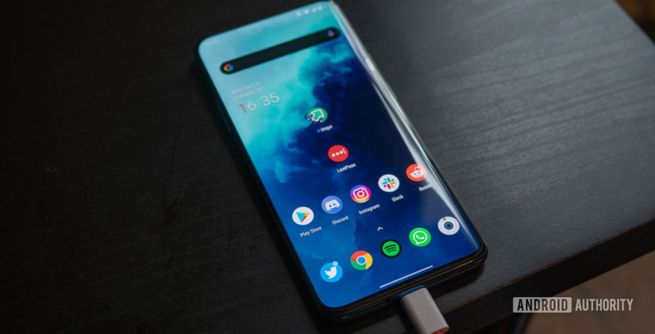 OnePlus 7T Pro charging warp charge 920x470 1